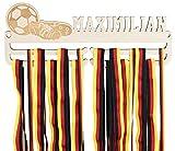 LAUBLUST Medaillenhalter Fussball - Personalisiert mit Sportler-Name & Vereinsname - Geschenk für Fußballer | 35x13cm