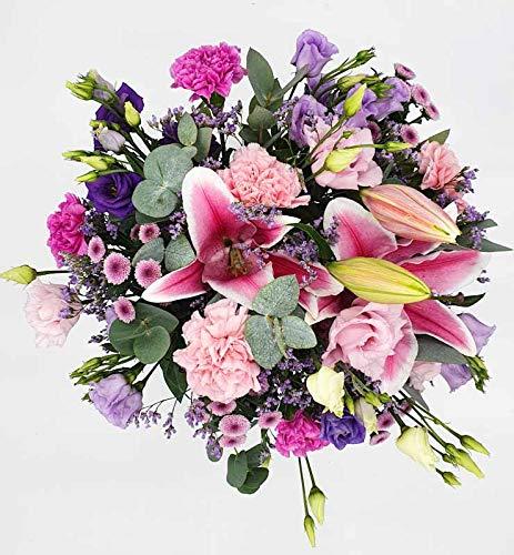 Bouquet champêtre de fleurs fraiches rose pastel violet