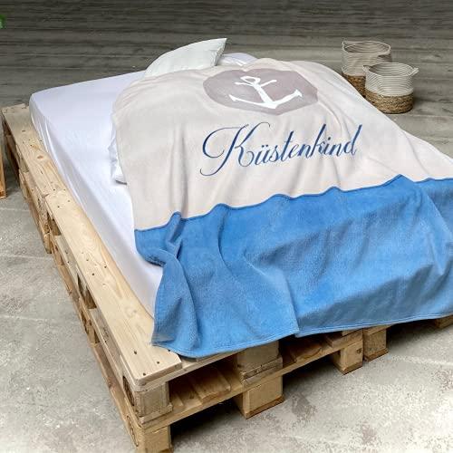 TRAUMHELDEN Anker Wohndecke 150x200 cm · Küstenkind Motiv Kuscheldecke Überwurf · kuschelig und flauschig · Fleece-Decke Sofa-Decke