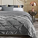 KAWAHOME Super Soft Minky Blanket Extra Warm Pinched Pleat Sherpa Winter Blanket for Couch Sofa Bed King Size 108 X 90 Inches Grey