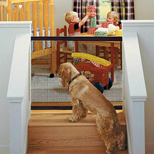 Magic Pet Gate pour Chiens 48 x 31,5 Pouces Portable Pliable Isolation Mesh Pet Safety Gate Dog Safety Fence Isolé Gaze Installer par Strong Hook and Loop Tape for Anywhere Hall Doorway Indoor Stair