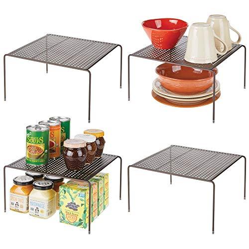 mDesign Estantes de cocina – Soportes para platos autónomos de metal – Organizadores de armarios para tazas, platos, alimentos, etc. – Juego de 4 – color bronce