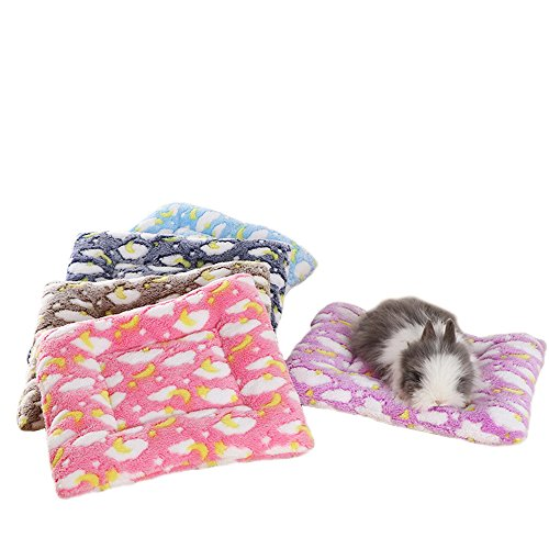 FLAdorepet Small Animal Guinea Pig Hamster Bed House Winter Warm Squirrel Hedgehog Rabbit Chinchilla Bed Mat House Nest Hamster Accessories (Medium,Random)