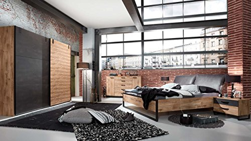 lifestyle4living Schlafzimmer Komplettset im Industrial-Design, Schlafzimmer-Set in Eiche-Nb mit Absetzungen in Stahloptik   Set besteht aus 4 Teilen