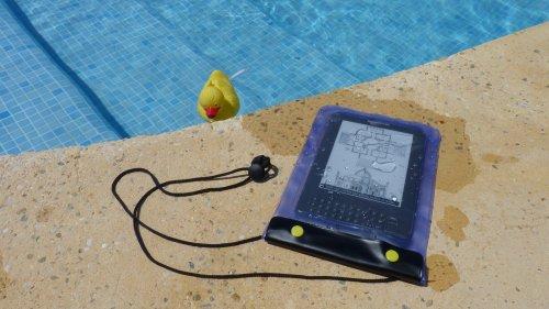 24seven Waterproof Window Case - Custodia - Mascherina trasparente ed impermeabile per Amazon Kindle - Kindle Keyboard - Kindle Fire - HD - Kindle Paperwhite - Azzurro - blu