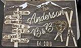 Letrero de madera 3D | Decoración para colgar en la pared Señal direccional de esquí de montaña y raquetas de nieve con nombre para colgar en la puerta de madera rústica, corte láser, con texto en 3D