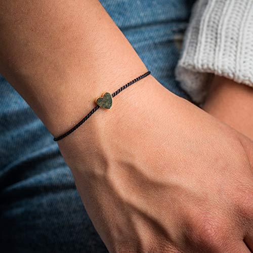 Made by Nami Filigranes Kordel-Armband mit Anhänger - Freundschaftsarmbänder Geburtstagsgeschenk beste Freundin - Herz-Armband Größen-verstellbar - Glücksbringer Armband (Schwarz)