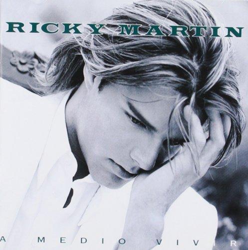 A Medio Vivir. Ricky Martín