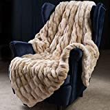 Super Soft Faux Fur Throw Blanket- Royal Luxury Cozy Plush Blanket use for Couch Sofa Bed Chair, Reversible Fuzzy Faux Fur Velvet Blanket 50 Inch x 60 Inch (Beige)