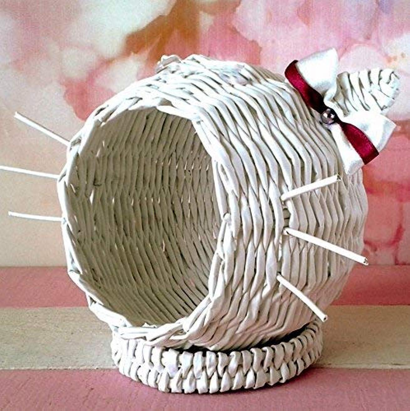 Pet bed for dollhouse, decorative wicker storage basket. White cat box rattan look weave nest hideout.