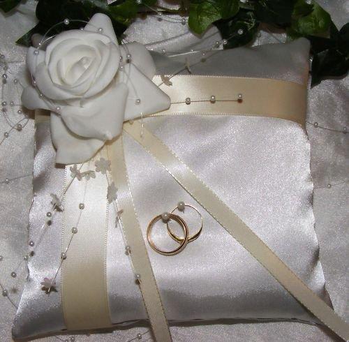 Ringkissen im Shop auch Hochzeitskerze VK-05 20/20 cm