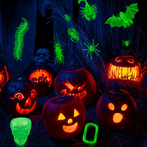 FEPITO 120 PCS Glow in The Dark Bugs Halloween Toys per Bambini, Glow Bugs in plastica, Glow Bug Rings, Glow Witch Fingers Vampire Denti Scheletri per Halloween Treats Goody Bags Party Decorations