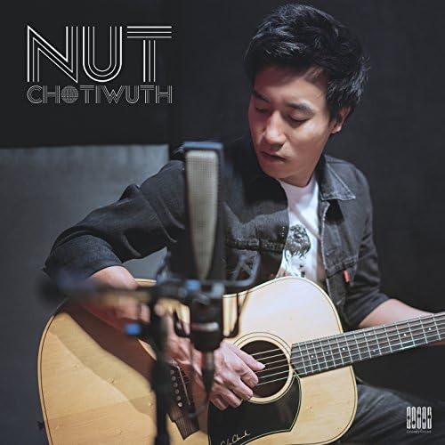 Nut Chotiwuth
