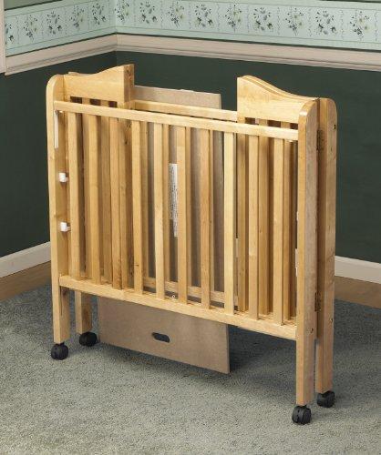 Orbelle Noa Three Level Portable Crib, Natural
