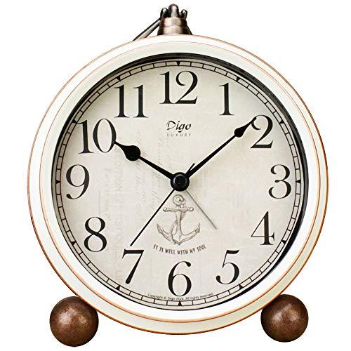 Justup Wecker, 5,2 Zoll Weiß Vintage Retro Schreibtisch Analog Quarz Uhr mit Kein Ticken,Geräuschlos,Batteriebetrieben Quarzwerk, HD Glas für Schlafzimmer/Wohnzimmer/Kinder (Weiß)