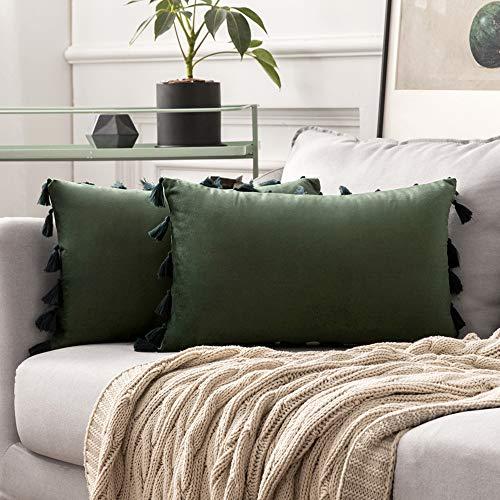 MIULEE Pack de 2 Terciopelo Funda de Borla Cojine Fundas Almohada del Sofá Throw Cojín Decoración Caso de la Cubierta Decorativo Almohadas para Sala de Estar 12x20inch 30x50cm Verde Oscuro