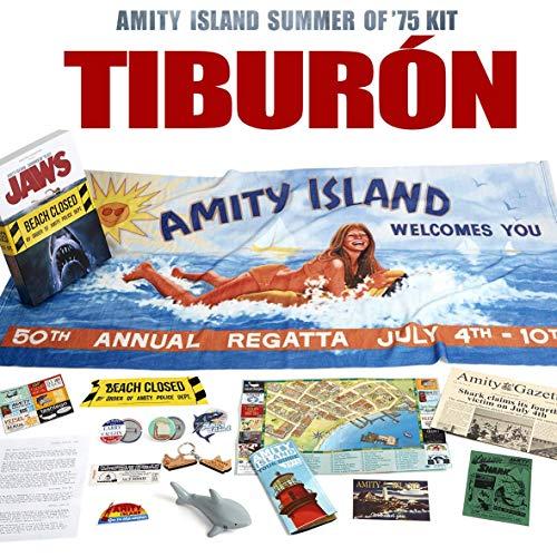 Doctor Collector Tiburón - Amity Island Summer of '75 Kit (Toalla Playa, Mapa Amity Island, Llavero, Chapas, Tiburón, etc)