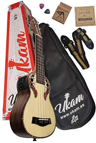 """Ukelele amplificado Soprano 21"""" Abeto UKAM mod.AM-300EQ, con afinador incorporado, cejilla especial ukelele, funda acolchada con correa, juego de cuerdas extra, correa ajustable y púas."""