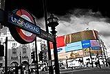 Eine 45,7 x 30,5 cm Fotografieren Fotodruck Piccadilly Circus & EIN London Undergro& Schild England UK Landschaft Foto Farbe getöntes Weiß Schwarz & Bild Art Print