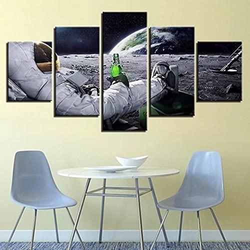 IJNHY 5 Piezas Cuadros Lienzo Astronauta con Cerveza En La Luna Cuadro sobre Lienzo -5 Piezas- Impresión En Lienzo Salón Decorativo Cuadros Cámara Poster 150X80Cm Mural Listo Colgar Marco