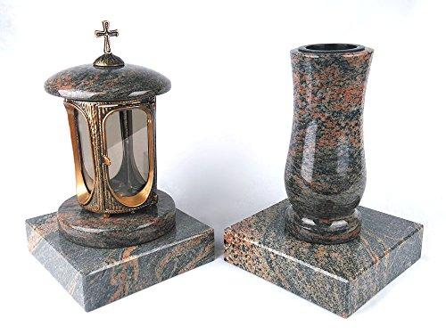 designgrab Grablampe aus messingfarbenem Aluminium in Antikoptik mit Kreuz und Grabvase Taille-medium und 2 Stück Sockel eckig in Granit Gneis Halmstad/Barap/Hollandia