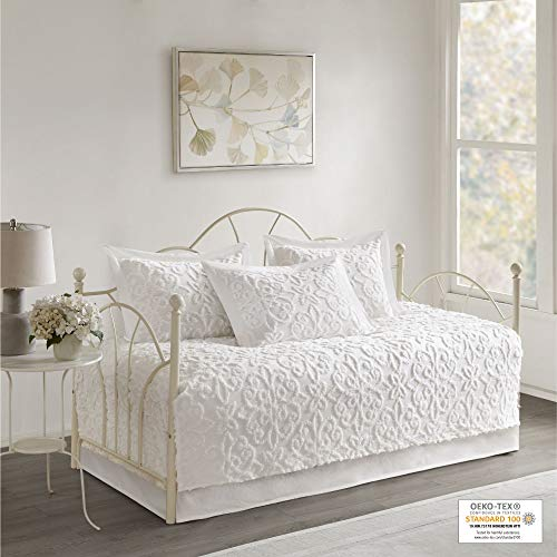 Madison Park Sabrina 5 Piece Tufted Cotton Chenille Quilt Set Coverlet Bedding, Day Size, White