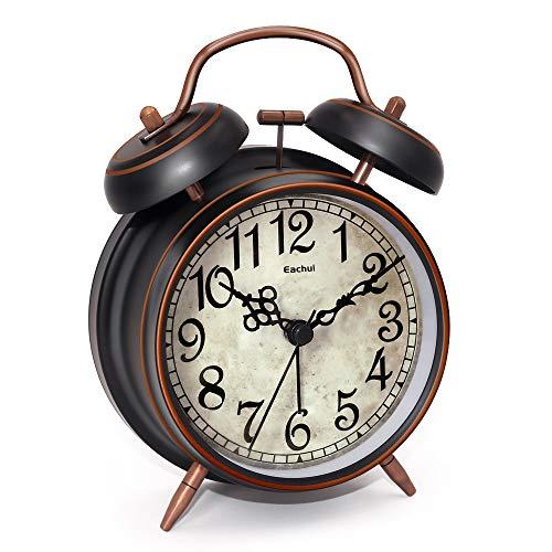 Eachui Doppelglockenwecker mit Nachtlicht, großes Zifferblatt von 4 Zoll, Analog Quarzwecker mit lautem Alarm,kein Ticken, geräuschlos (Kupferne - Arabische Ziffern)