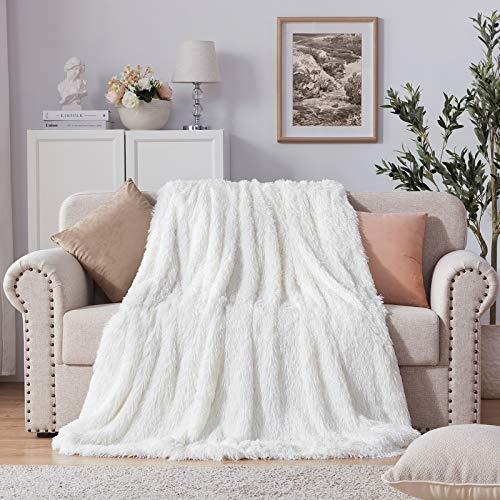 "NexHome Soft Shaggy Faux Fur Blanket Throw Blanket 50"" x 60"", Women Girls Luxury Fuzzy Plush Comfy Microfiber Long Faux Fur Decorative Blankets for Sofa Couch Bed Chair Photo Props, Cream White"
