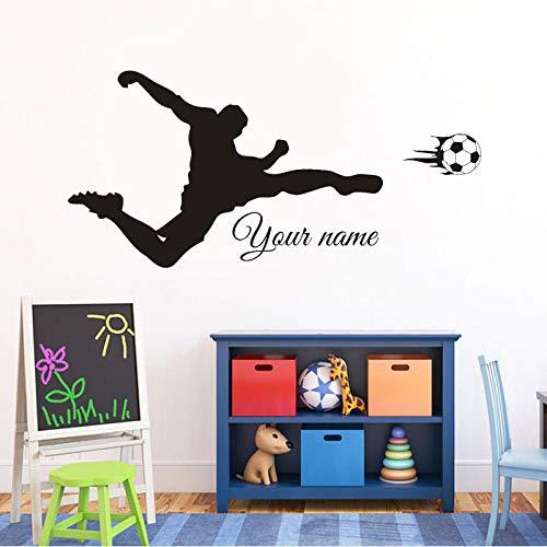 Voetbal Shooting Aangepaste Gepersonaliseerde Jongens Naam Vinyl Muurstickers Home Decor voor Kinderen Kamer Decal Kwekerij DIY Wallpaper 88X42CM