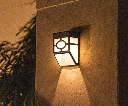 ASDNN Lampada da Parete per Esterni Solare, LED a Luce Calda IP65, Lampada da Parete con Controllo della Luce Impermeabile, Balcone Patio Giardino a Risparmio Energetico