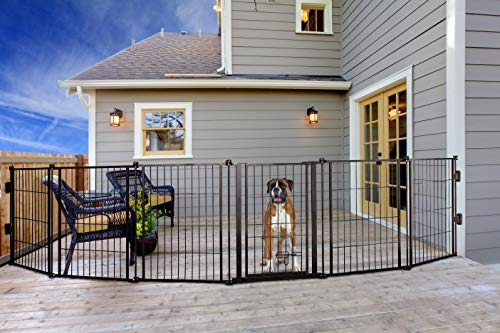 Carlson Pet Products 3-in-1 Weather-Resistant Outdoor 144-Inch Wide Pet Gate, Pen and Fence, Bonus Includes Small Pet Door