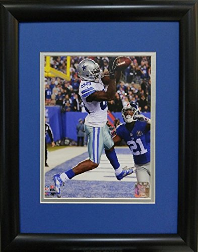 samscustomframing.com Framed sports art Dez Bryant II Dallas Cowboys Licensed Photo with Double Mat under Glass Interior Size 11x14 Exterior Size 14x18