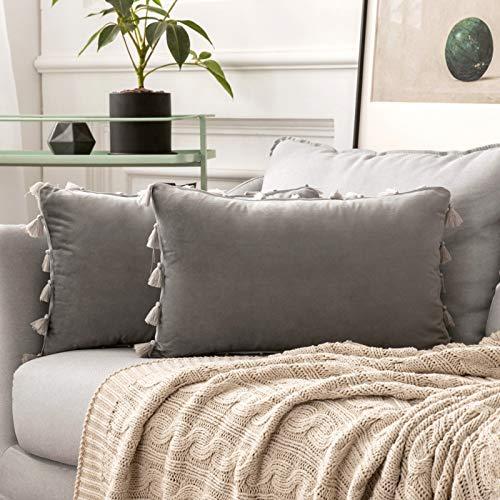 MIULEE 2er Set Samt Kissenbezug Quaste Kissenhülle Dekorative Tassel Dekokissen mit Verstecktem Reißverschluss Sofa Schlafzimmer 12 x 20 Inch 30 x 50 cm Grau