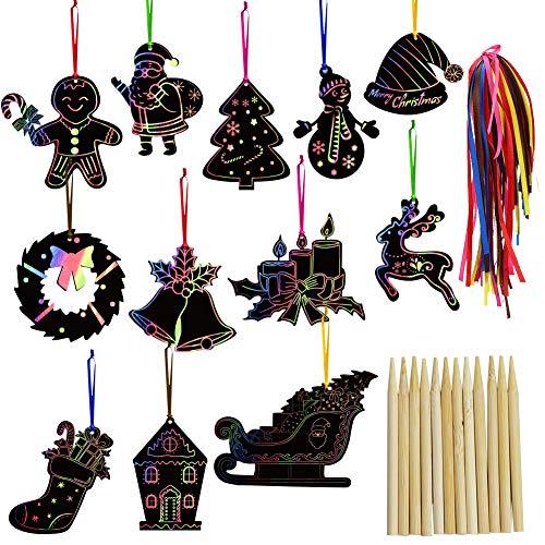 FHzytg 48 Stück Weihnachten Regenbogen kratzbild Rubbelpapier, Kratzbilder Weihnachtsdeko Kratzpapier zum Basteln Kinder Scratch Paper, Scratch Art Set mit 24 Stück Holzstiften und 48 Stück Bändern