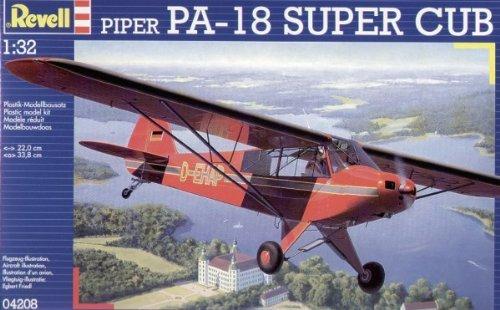 Revell Modellbausatz 04208 - Piper PA-18 Super Cub im Maßstab 1:32