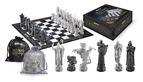 Noble Collection Wizard Chess Set