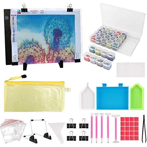 iClosam Kit de pintura de diamantes A4 con almohadilla de luz LED, accesorios de pintura de diamantes 5D, juego de herramientas para adultos, alimentación USB, LED, artcraft,...