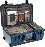 PELI 1535TRVL Travel Air Case, Maleta de Cabina con Ruedas Resistente a los Impactos, estanca, 26L de Capacidad, Fabricada en EE.UU, con Compartimentos para la Ropa, Color: índigo