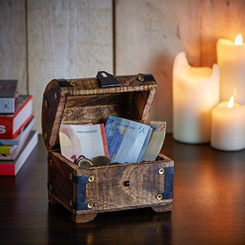 Casa Vivente Schatztruhe mit Gravur – Zum 18. Geburtstag – Personalisiert mit Namen – Aufbewahrungsbox aus dunklem Holz – Verpackung für Geld und Gutscheine – Geschenkidee zur Volljährigkeit - 5