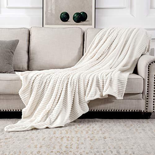 MIULEE Kuscheldecke Fleecedecke Flanell Decke Pompoms Einfarbig Wohndecken Couchdecke Flauschig Überwurf Mikrofaser Tagesdecke Sofadecke Blanket Für Bett Sofa Schlafzimmer Büro 125x150 cm Weiß