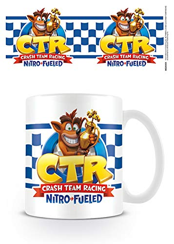 Crash Bandicoot MG25572 - Taza de cerámica (315 ml), diseño de carreras