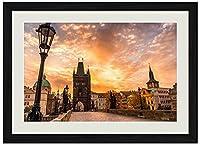 プラハでのサンセット 風景の写真木製黒額縁アートポスター(30cmx40cm)