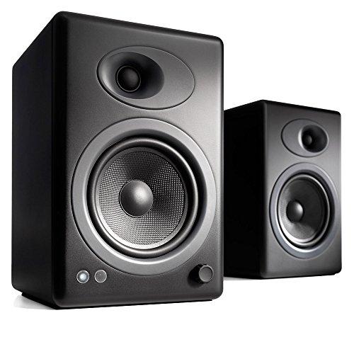 Audioengine A5+ Classic 150W Aktiv-Regallautsprecher | Eingebauter Analogverstärker | Fernbedienung | Cinch- und 3,5-mm-Klinke-Eingänge | Kabel inclusive (Black)