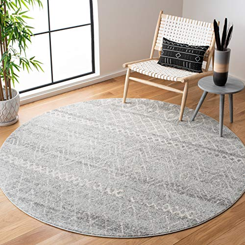 Safavieh Madison Collection MAD798G Moroccan Boho Distressed Non-Shedding Stain Resistant Living Room Bedroom Area Rug, 4' x 4' Round, Silver / Ivory