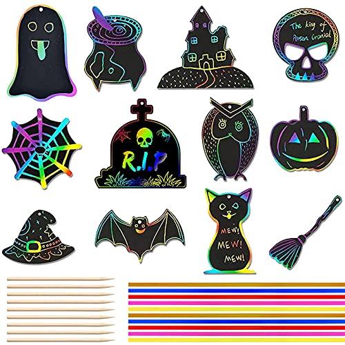 Halloween Kratzbilder Bastel Sets 48 Stück Kratzbild Lesezeichen Kinder Regenbogen Kratzbilder Scratch Art Set Scratch Papier Kratzbilderbastelsets für Halloween DIY Geschenkanhänger