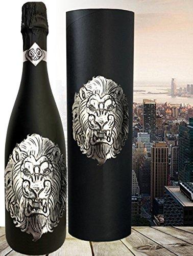 Das Sekt Geschenkset LÖWE | Luxus Cuvée mit Silber Löwen Symbol als Geschenk für Sternzeichen Löwe