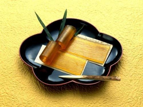 佐藤屋の歴史ある銘菓『乃し梅』 30枚入り (30枚入り)