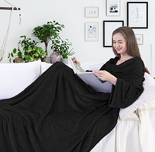 DecoKing Kuscheldecke mit Ärmeln 150x180 cm schwarz Microfaser TV Decke weich Tagesdecke Lazy