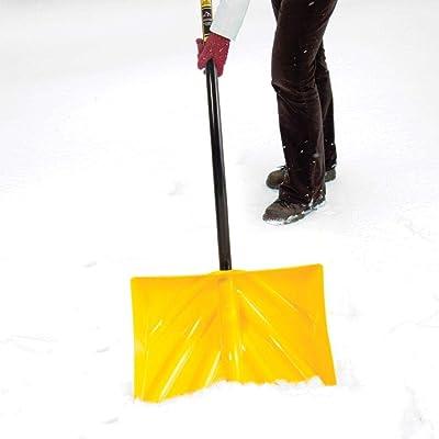 True Temper 1603400 Poly Snow Shovel/Pusher with Ergonomic D-Grip Steel Handle 18 Inch
