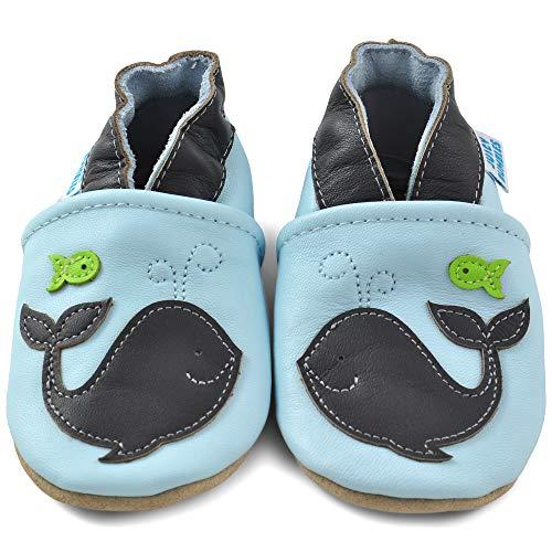 Juicy Bumbles - Weicher Leder Lauflernschuhe Krabbelschuhe Babyhausschuhe mit Wildledersohlen. Junge Mädchen Kleinkind- Gr. 18-24 Monate (Größe 24/25)- Wal